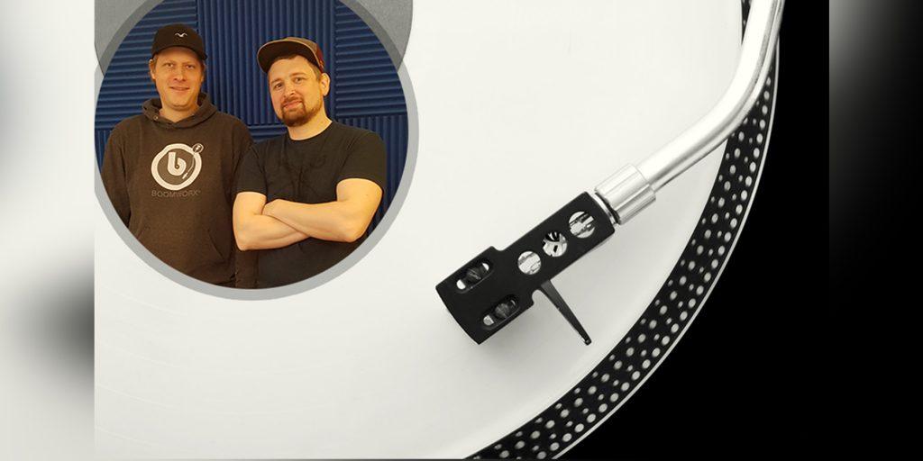 Bei der Boomworx DJ Academy lernt man die hohe Kunst des Auflegens. Vor allem durch den digitalen Wandel ergeben sich für die Schüler ganze neue Möglichkeiten.