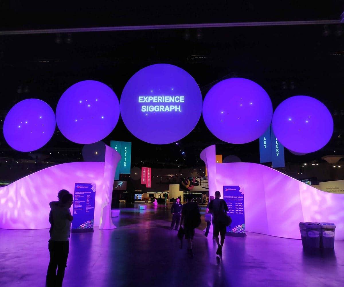 Die SIGGRAPH findet einmal im Jahr in Nordamerika statt und wird von Zehntausenden besucht.