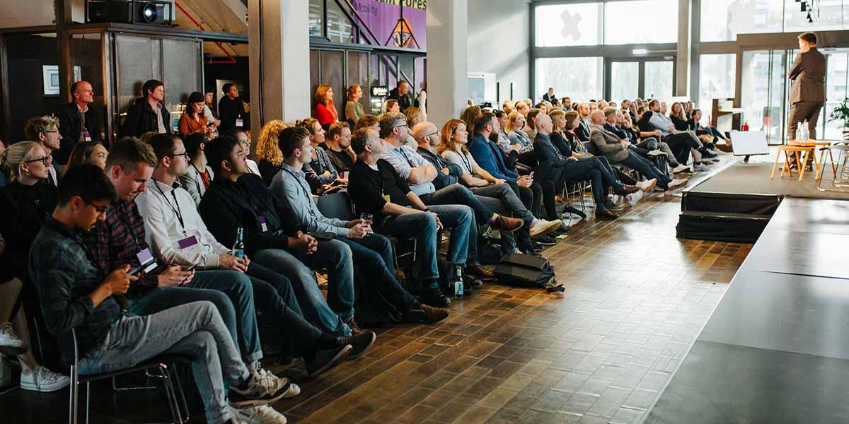 Die Präsentation legte die Grundlage für die anschließende Diskussion über die Zukunft der Mobilität.