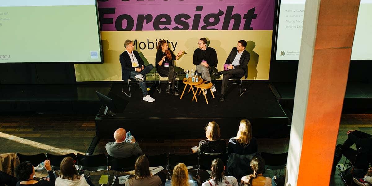 Von links nach rechts: Nils-Joachim Bauer, Dr. Johanna Leuschen, Nicolas Meibohm und Martin Randelhoff.