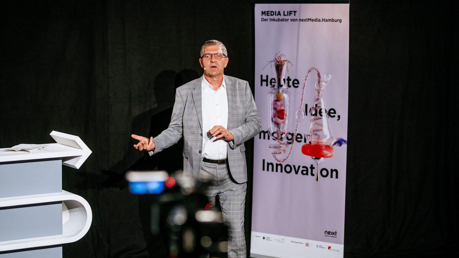 """""""Der Inkubator ist ein gutes Investment in den führenden Medienstandort Hamburg"""", so Egbert Rühl."""