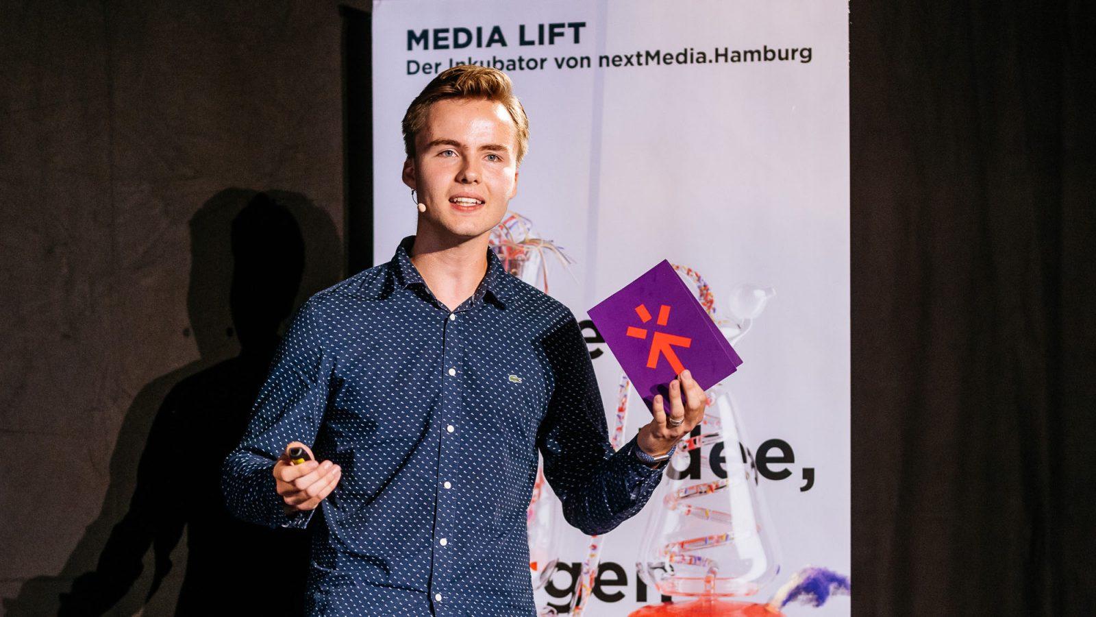 Otis Mohr ist erst 18 Jahre alt und studiert bald an der WHU – Beisheim School of Management.